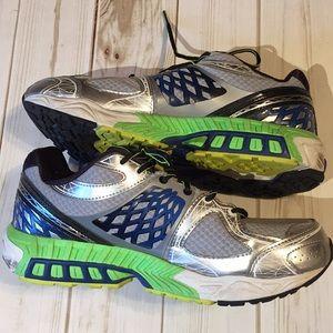 New Balance 🍕 Get running or walking. 🏆